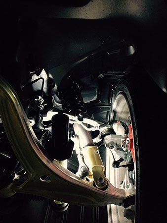 アバルト 124 スパイダー スリーハンドレッド