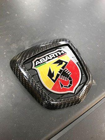 アバルト 124 スパイダー カーボン